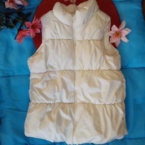 🍀3 for $25🍀Old Navy fleece lined PUFFER vest